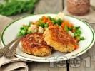Рецепта Пържени обикновени картофени кюфтета със сирене, яйце и галета